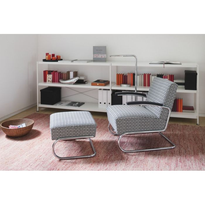 thonet s 411 sessel und hocker selig wohndesign. Black Bedroom Furniture Sets. Home Design Ideas